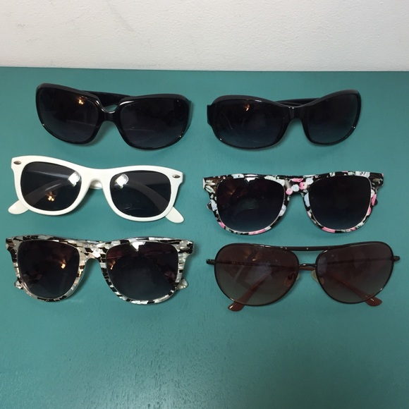 ac318750658 Cynthia Rowley Accessories - Lot of Six Pairs of Sunglasses